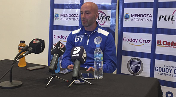 Méndez habló de todo en conferencia de prensa